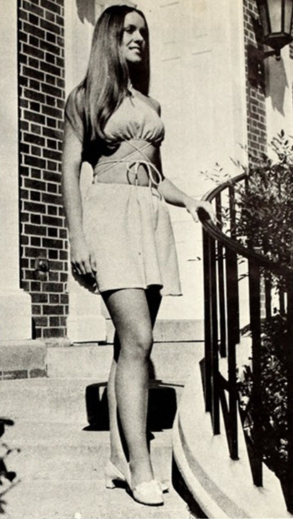 Vintage Photos of Girl in Mini Skirts  vintage everyday