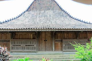 Rumah Adat Kudus 2