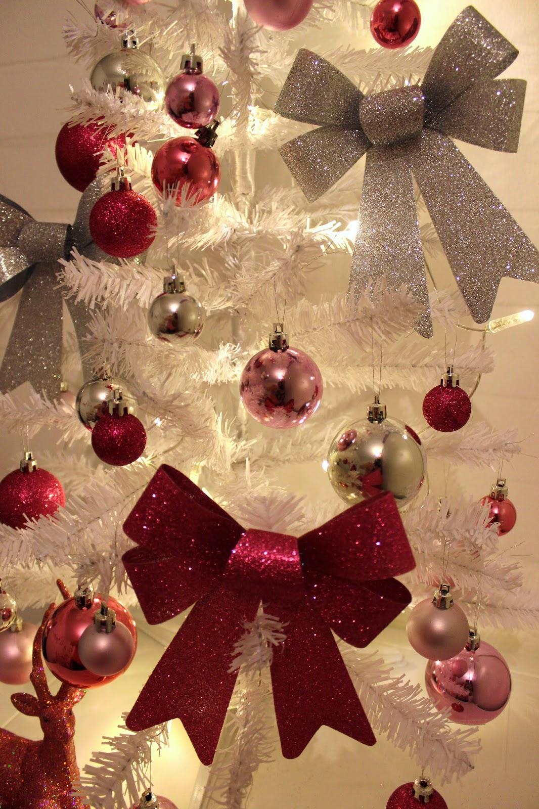 Puppenschloss ~*~: My pink glitter christmas tree
