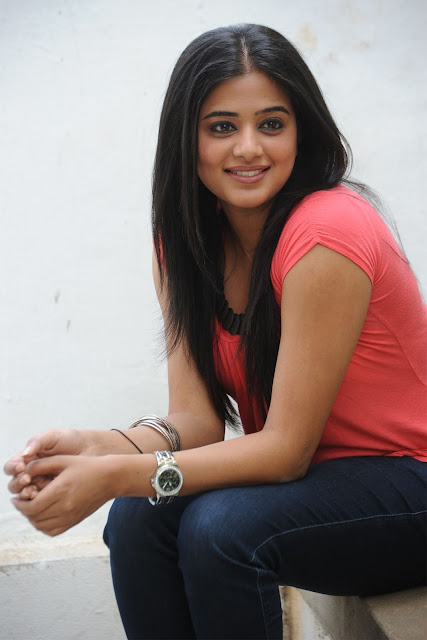 Priyamani Pictures hot