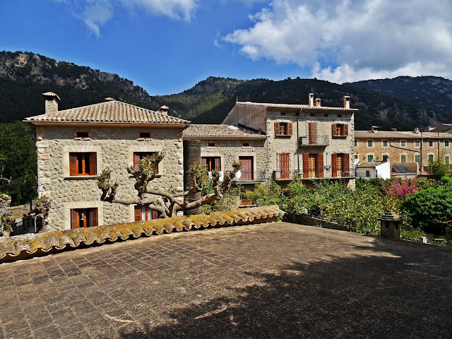 krajobrazy Valdemossa na Majorce,