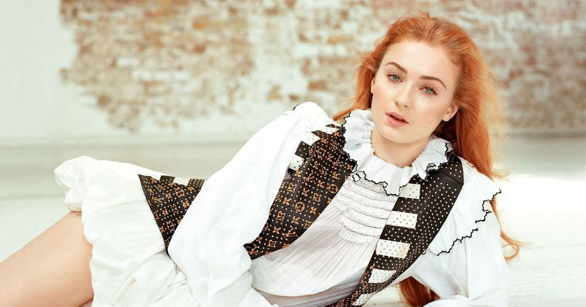 Sophie Turner Latest Hot Photoshoot