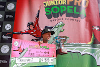 2 Kauli Vaast PYF 2017 Junior Pro Sopela foto WSL Laurent Masurel