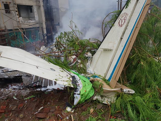 VT-UPZ crashes in Mumbai