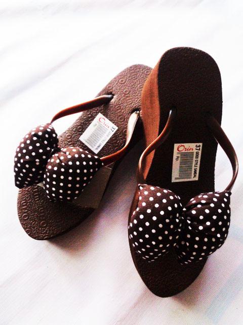 Sandal Spon Hak Orin Coklat