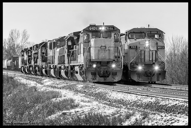 UP 9101 and UP 9513 are side-by-side on the Chester Subdivision at Bottom Road.