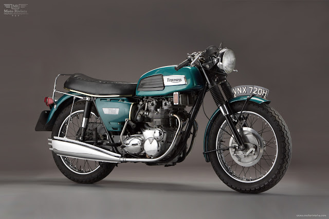 Triumph Trident Tail Look