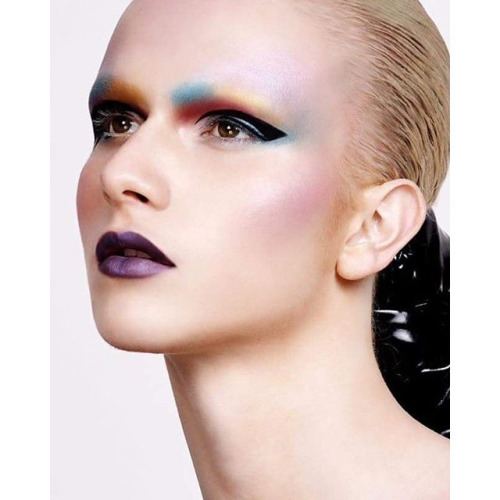 Goan Fragoso androgyny