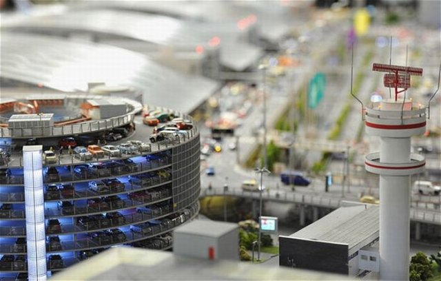 World's Most Largest Model Airport Seen On www.coolpicturegallery.us