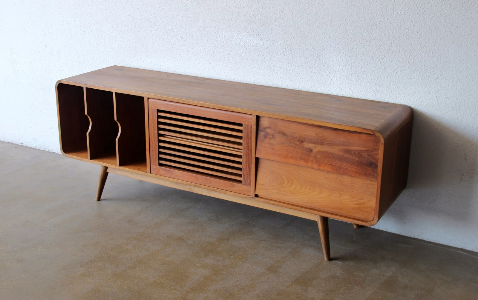 SECOND CHARM FURNITURE