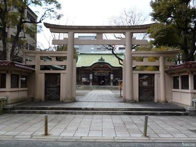 坐摩神社鳥居