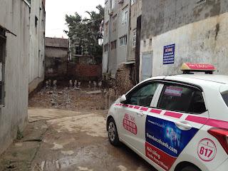 Đường trước mặt tòa chung cư giá rẻ Minh Đại Lộc 2