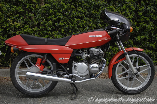 Les cousines Benelli / Moto Guzzi 254 (Années 70) _DSC0017