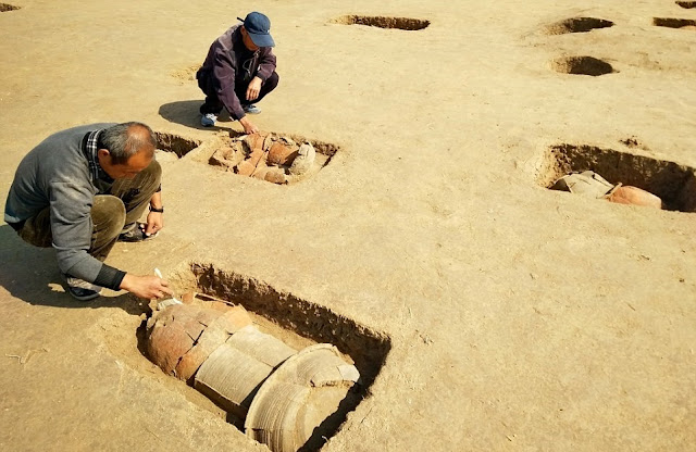 113 ancient 'urn burials' discovered in central China