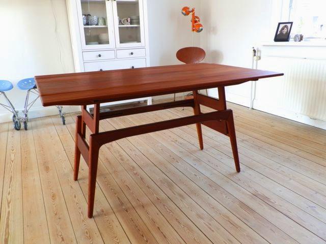 Stor Retro Furniture: Københavnerbord sofa- og spisebord i teaktræ KU-76