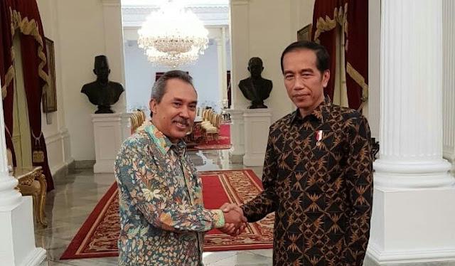 Meski Kembali Tegaskan Kecewa Cawapresnya, Guru Besar LIPI Tegaskan: Orang Waras Pasti Pilih Jokowi
