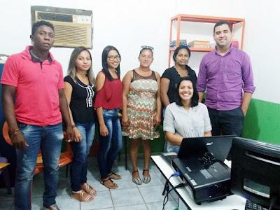 """CRAS de Mata Roma realiza capacitação do programa """"Criança Feliz"""" que beneficia gestantes e crianças do município"""