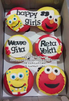 Spongebob dan Elmo Cupcake Ulang Tahun