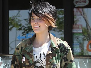 Paris Jackson in a deep depression, she automutilerait .