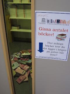 världsbokdagen firas på Hagskolans bibliotek med tävlingar och pyssel