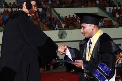 Makna Wisuda: Catatan dan Pesan bagi Peserta Wisuda dari  Program Studi PGSD Universitas Flores