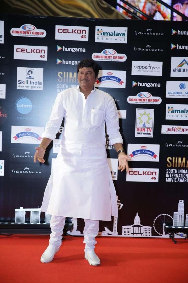 Telugu actor Rajendra Prasad graced SIIMA