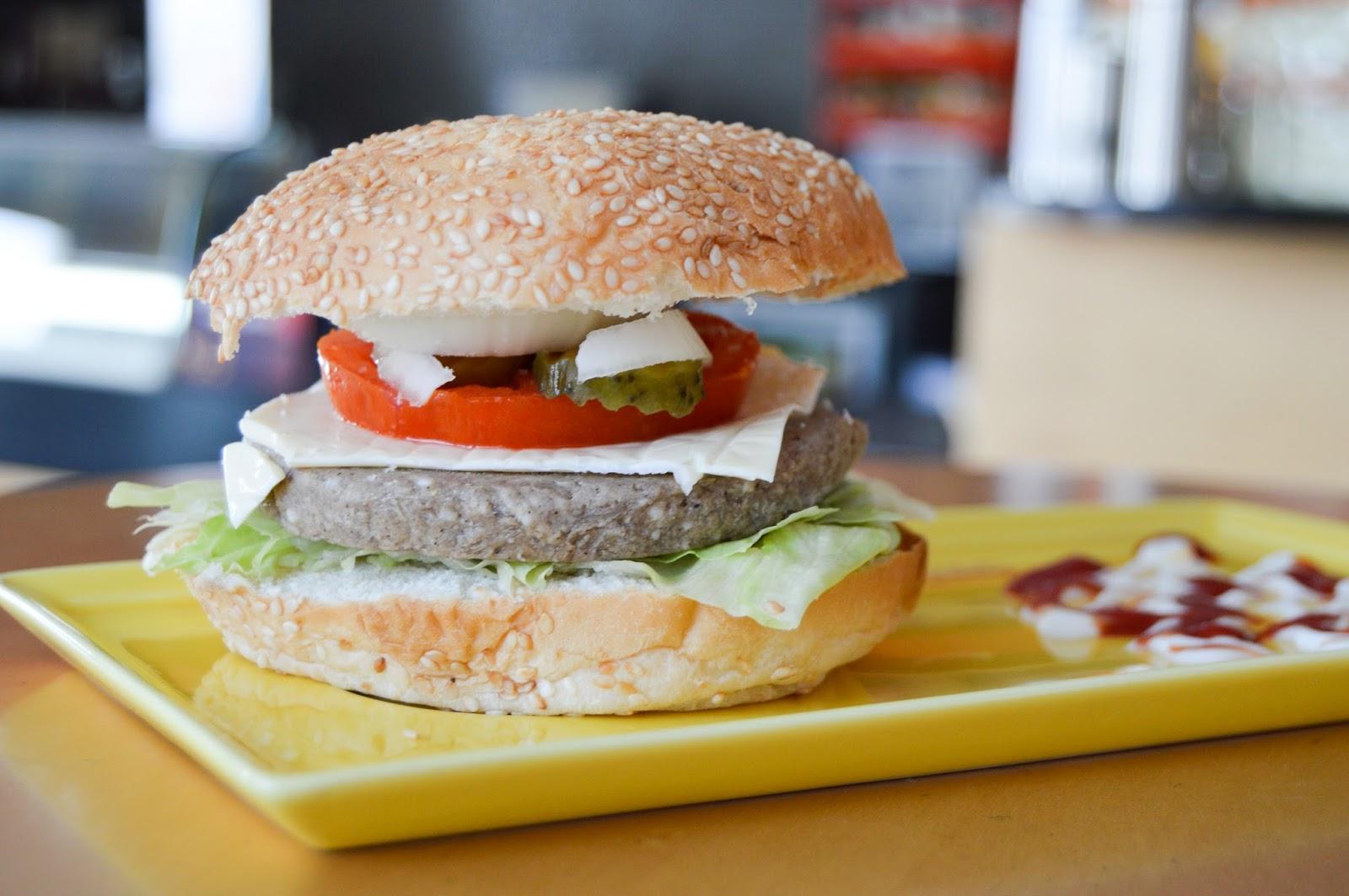 Burger Free Stock Photos & Wallpapers