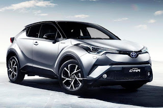Toyota C-HR (2017) Front Side
