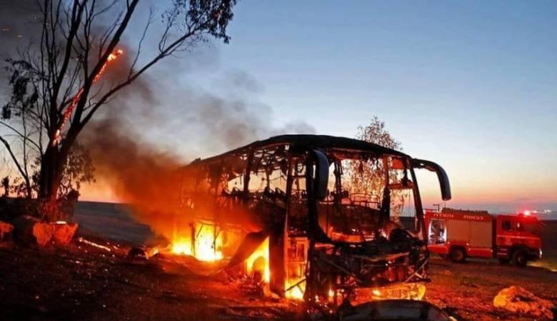 Menegangkan, Video Detik-Detik Hamas Serang Bus Tentara Israel
