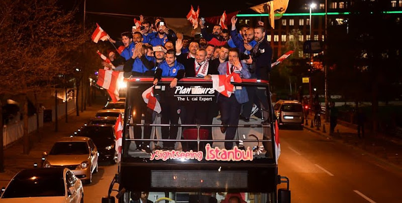 Şampiyon Sancaktepe Belediyespor!