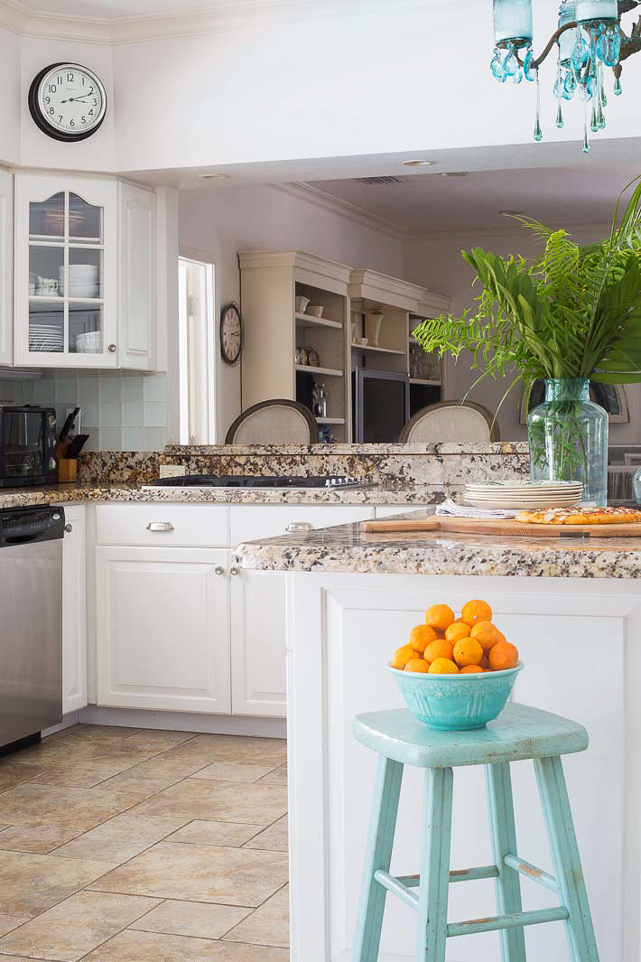 turquoise aqua kitchen design