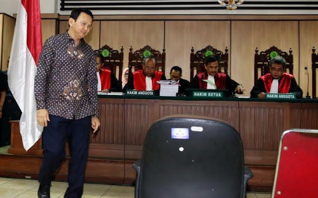 Ahok Dituntut Ringan, Wasekjen MUI: Patut Diduga Intervensi Jaksa Agung