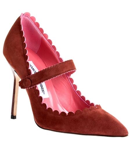 Alla förstår nog vem som trollat fram denna läckra sko med röd sula! facd18b60b16a
