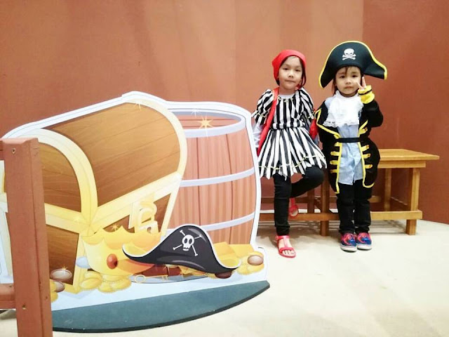 Family Day Funtivities, activities with children, ideas to do with kids, children favorite activities,pirate kids,pirate