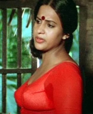 Seema in blouse and bra malayalam actress