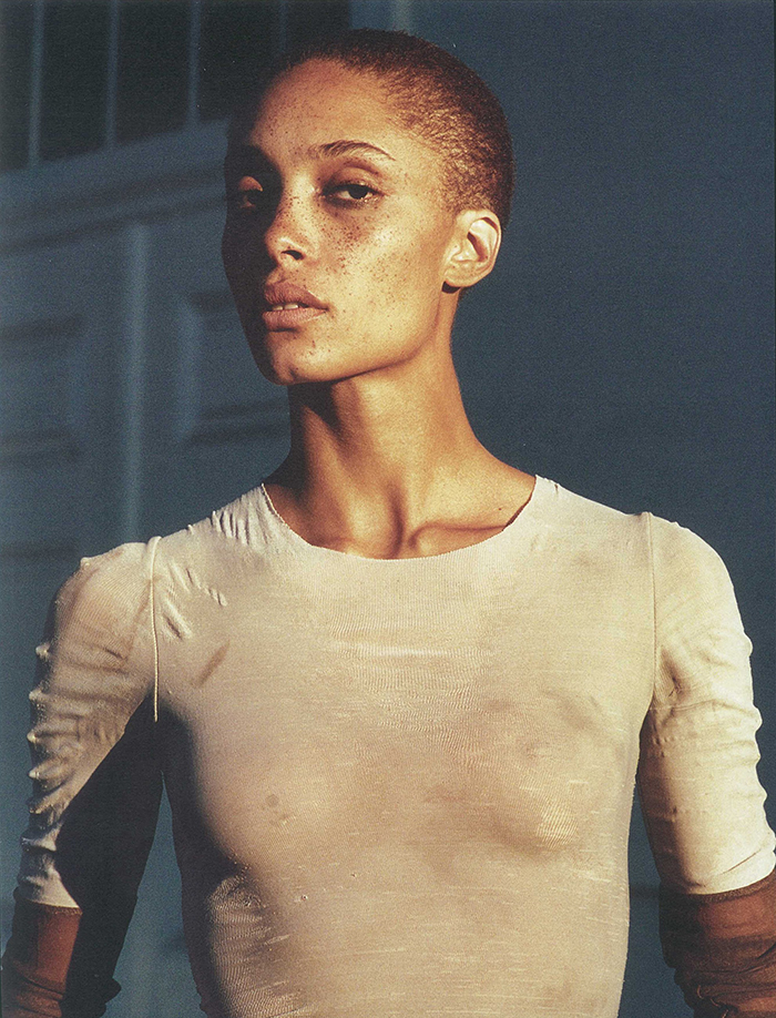 Image of hollywood fashion model adwoa aboah in a t-shirt for a photoshoot