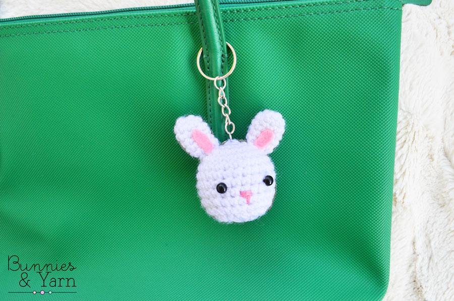 Free Crochet Pattern: Rabbit Keychain   Crochet keychain pattern, Crochet  rabbit, Crochet bunny   598x900