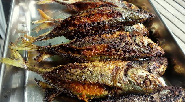 Ikan Sumbat using Selar Fish (Chilli Fish) - The Food Canon