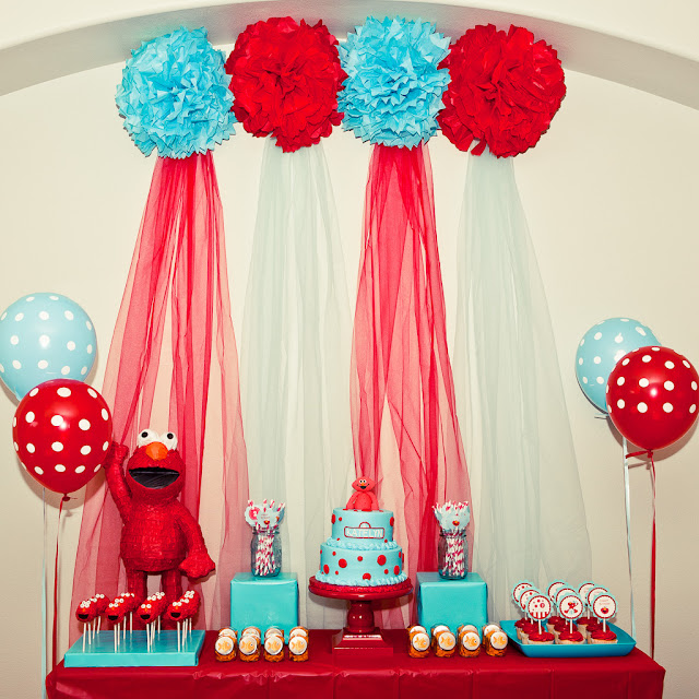 Karas party ideas red and turquoise elmo party sesame street my next party feature goes to this darling red turquoise elmo themed birthday party submitted by tiffany of cupcake dream such a cute set up solutioingenieria Image collections