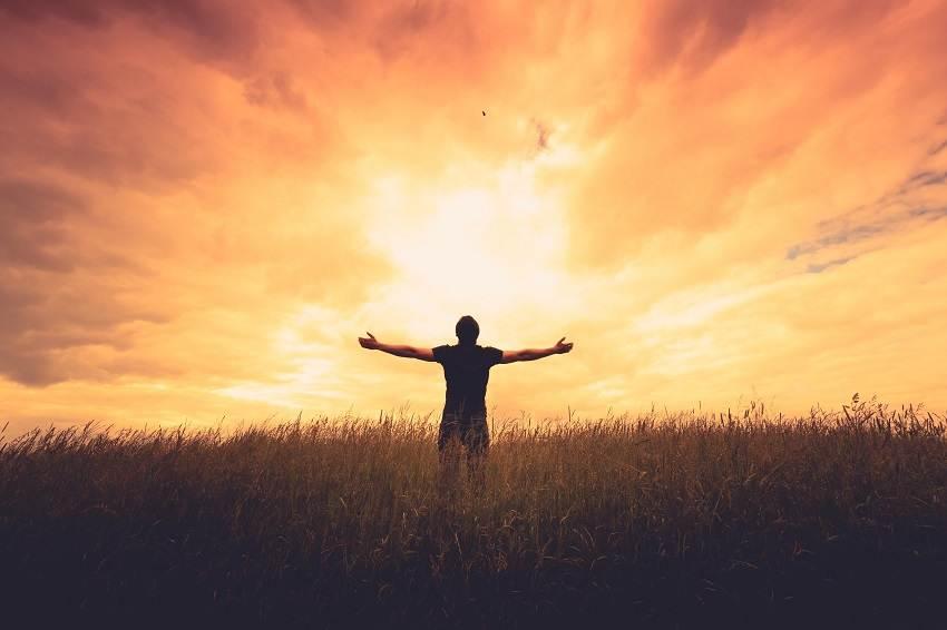 Magnificando o Santo Nome de Deus