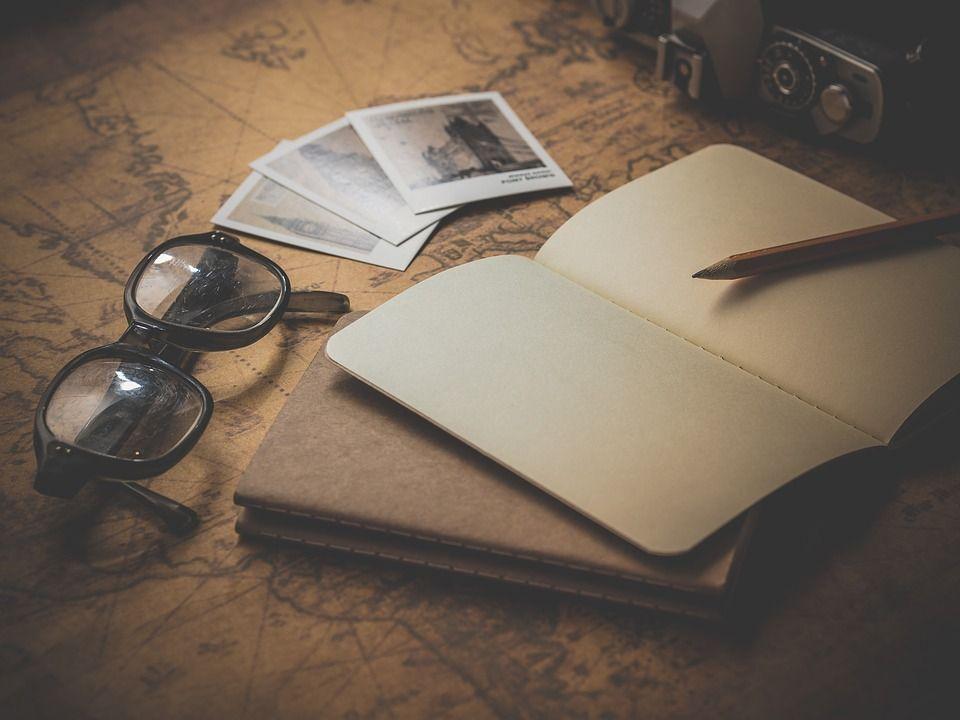 fotos de viajes, gafas, agenda, planificar