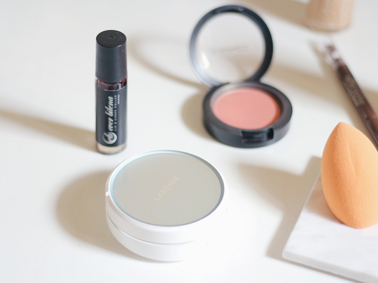 EB Lip and Cheek Roller in Whipped Blush
