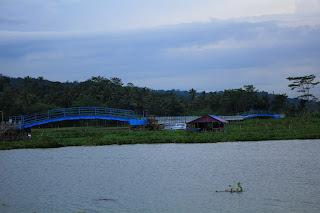 Jembatan Biru Sumurup