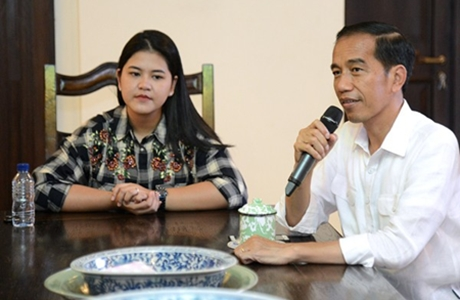 Jokowi Arahkan Relawan Jaga Ketertiban Saat Prosesi Pernikahan Kahiyang Ayu