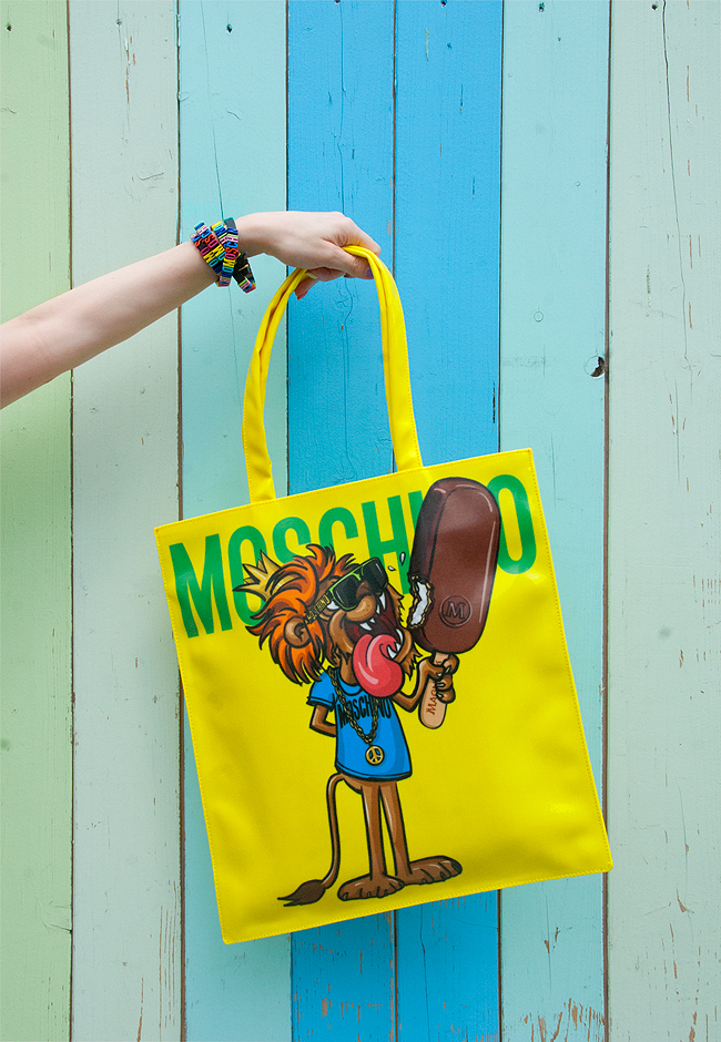 Magnum x Moschino, tote bag, giveaway