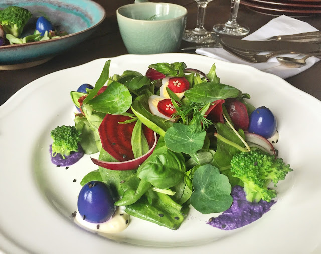 Rumex & Purslane Salad With Purple Quail Eggs