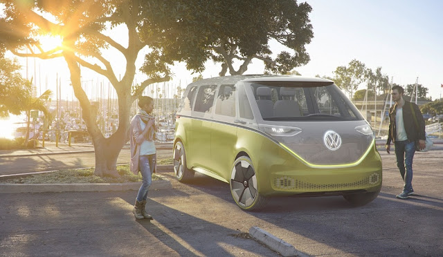 volkswagen-id-buzz-concept-self-driving-electric-microbus