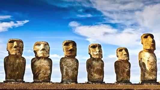 Misteri Patung Moai di Pulau Paskah