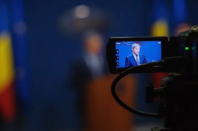 béremelés, nyugdíjemelés, választási kampány, Románia, Dacian Cioloș, román parlament