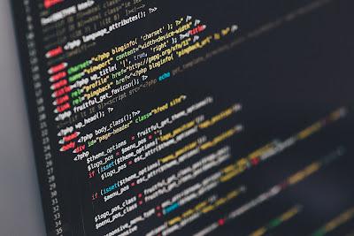 Perlukah Kuliah IT untuk Menjadi Programmer